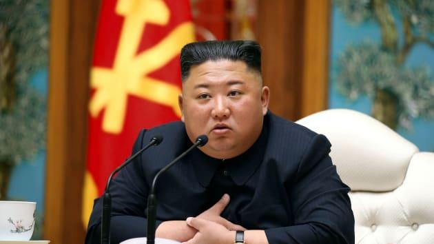 สื่อของเกาหลีเหนือรายงานว่า คิมจองอึนกลับมาทำกิจกรรมสาธารณะต่อ 1